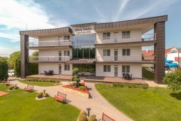 Wellness Hotel Katalin - Apartmenthaus - Apartments